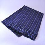 結城紬広幅ショール(藍乱縞ラメ入り)72014